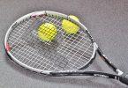 tennisracket en tennisballen