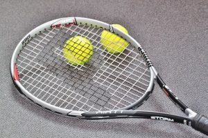 tennisracket en tennisballen